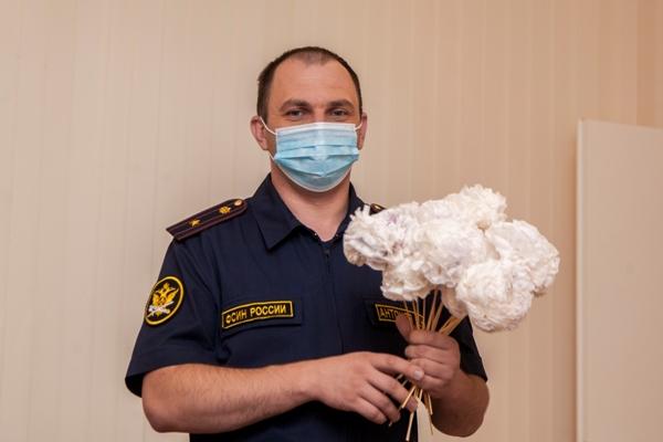 Осужденные, отбывающие наказание в учреждениях УИС Воронежской области, приняли участие в благотворительной акции «Белый цветок»