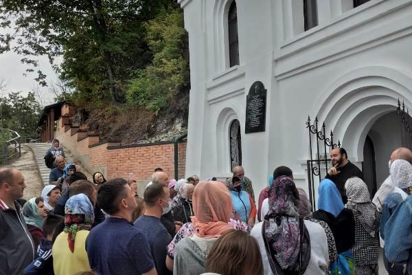Сотрудники россошанской ИК-8 посетили театр и побывали на экскурсии