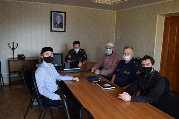 Представители духовенства посетили исправительную колонию №9